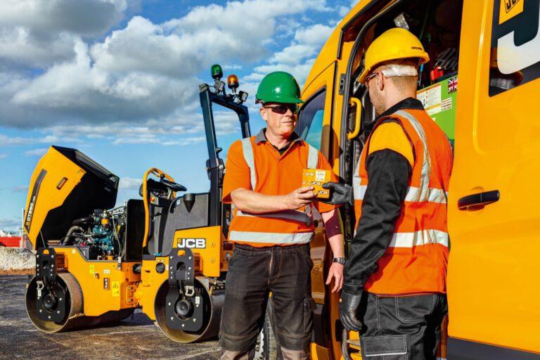 JCB als starker Partner am Bau liefert Ersatzteile direkt zur Maschine